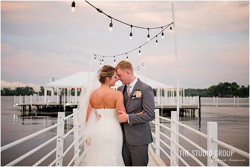 renaissance center detroit roostertail wedding1560